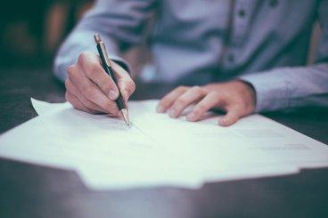 Praktické otázky oživotnom poistení.Čo musíte vedieť pred podpisom zmluvy?