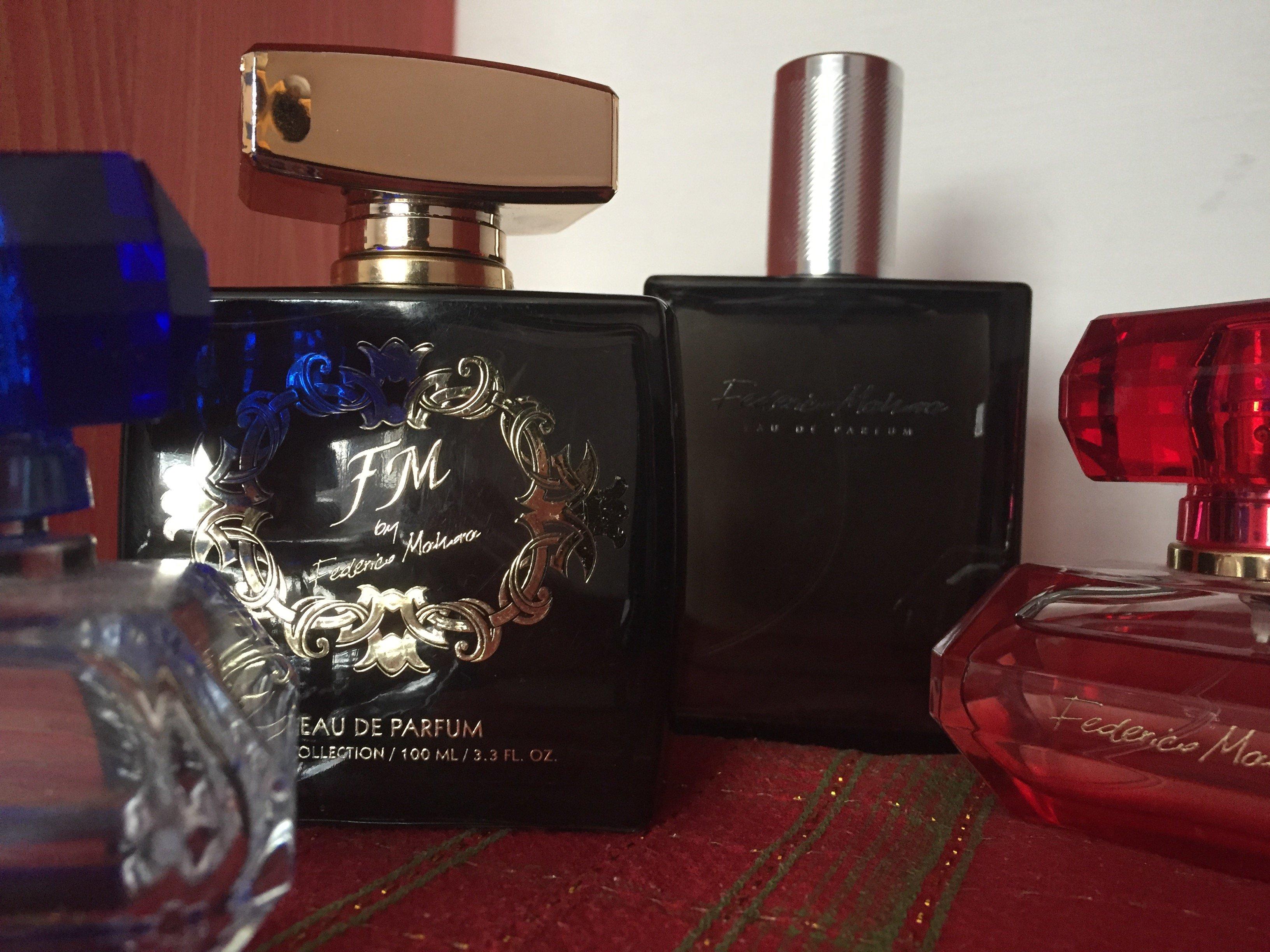 e83c0ea3d9 Najlepšie vône pod stromček pre ňu a pre neho!